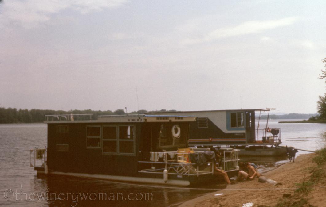 Summer Houseboat