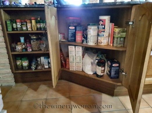 Cupboards-under-counter2