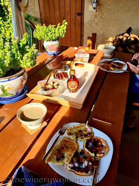 Birthday_breakfast_9.20.18_TWW