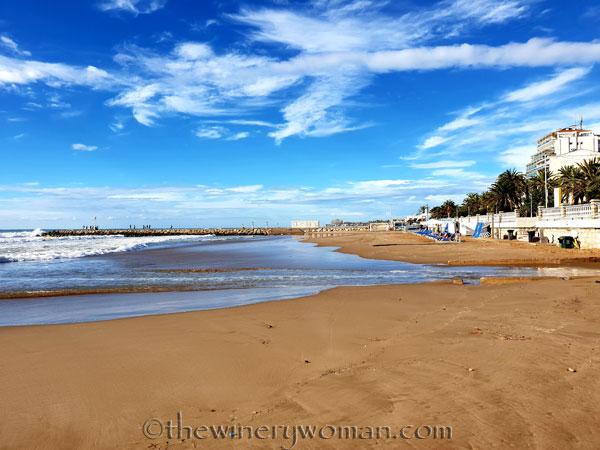 Beach_Sitges15_10.15.18_TWW