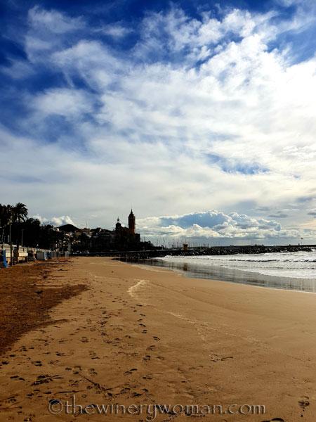 Beach_Sitges17_10.15.18_TWW