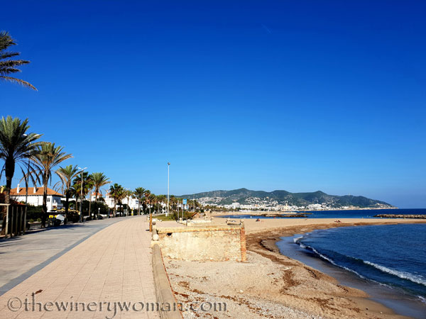 Beach_Sitges5_10.23.18_TWW