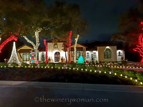 San_Antonio_Christmas_lights2_11.17.18_TWW