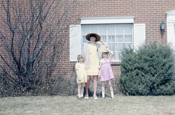 Xan_Mom_Vicky_Easter_Aurora_4.21.19_TWW