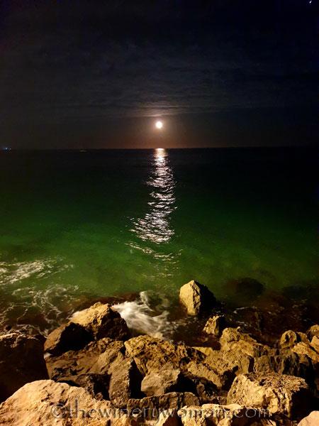 Tuesday_Full_Moon4_6.18.19_TWW