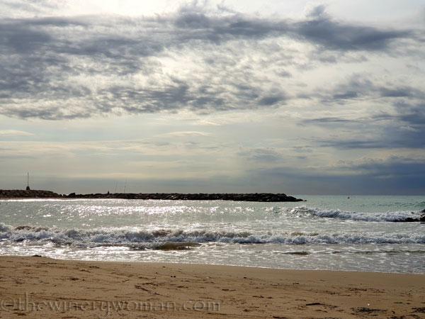 Cloudy_Beach2_8.13.19_TWW