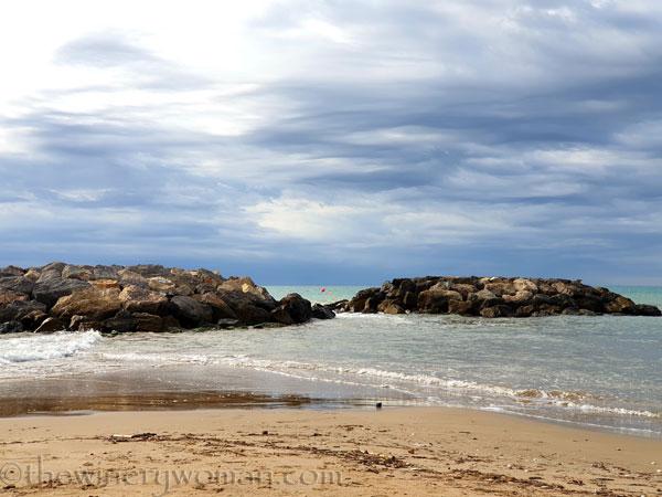 Cloudy_Beach4_8.13.19_TWW