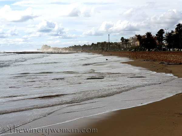Beach_Sitges13_10.23.19_TWW