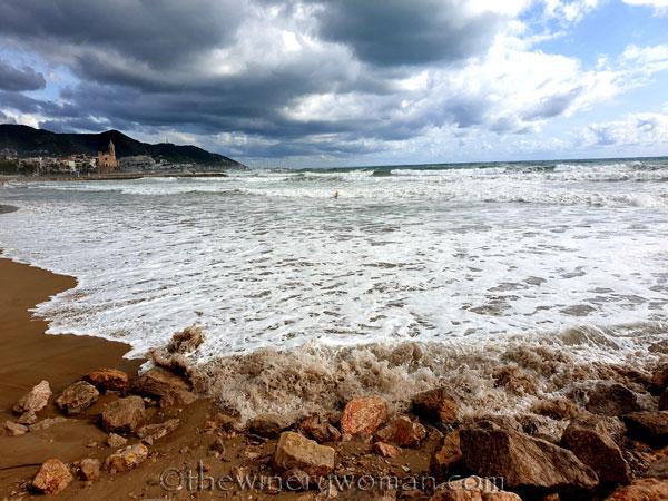 Beach_Sitges16_10.23.19_TWW