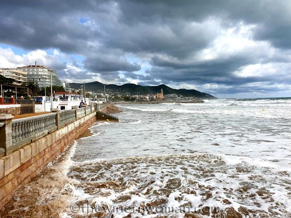 Beach_Sitges17_10.23.19_TWW