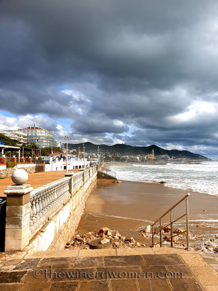 Beach_Sitges20_10.23.19_TWW