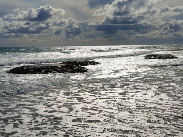 Beach_Sitges22_10.23.19_TWW