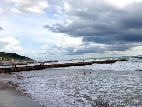 Beach_Sitges9_10.23.19_TWW