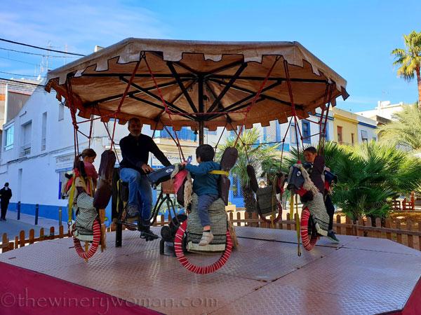 Merry-go-round_11.9.19_TWW