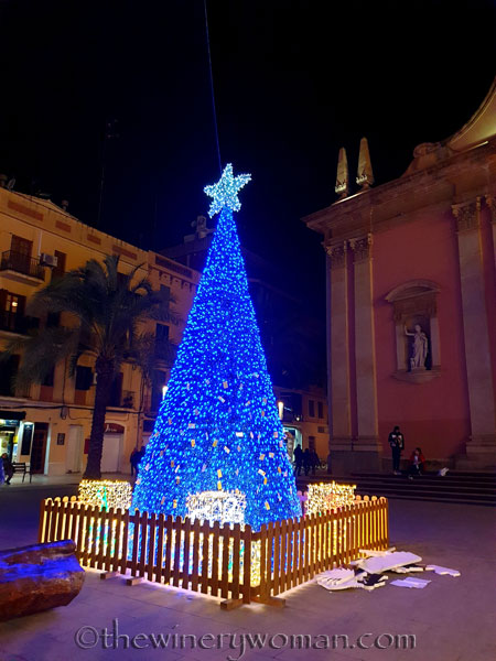 Vilanova_Christmas_Lights15_12.23.19_TWW